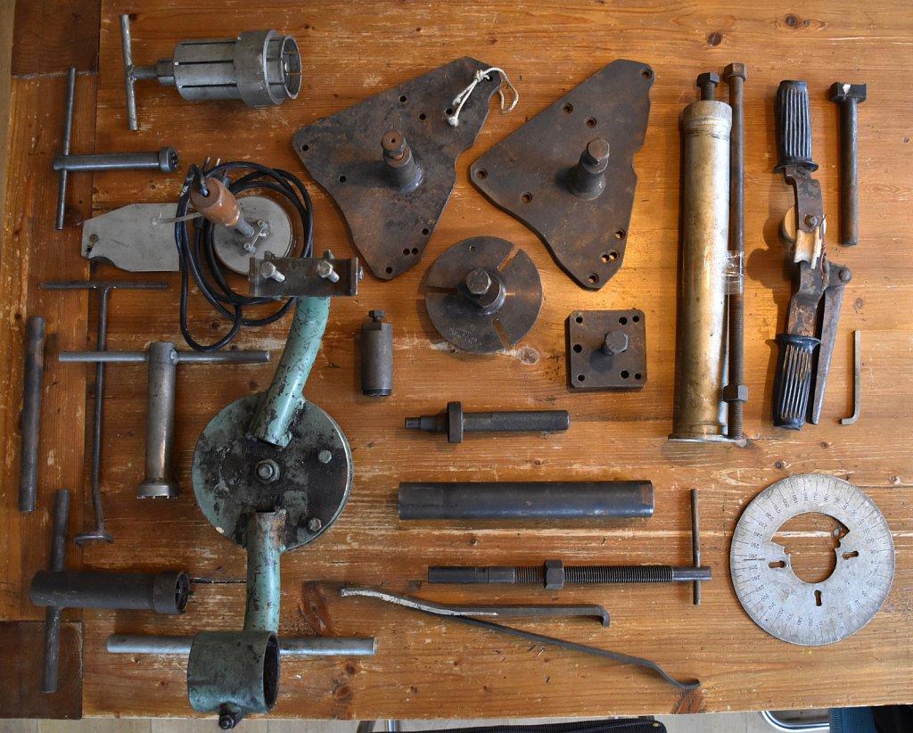 Vespa Tools